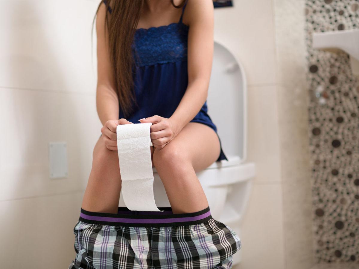 Nach dem urinieren abwischen blut beim Nach dem